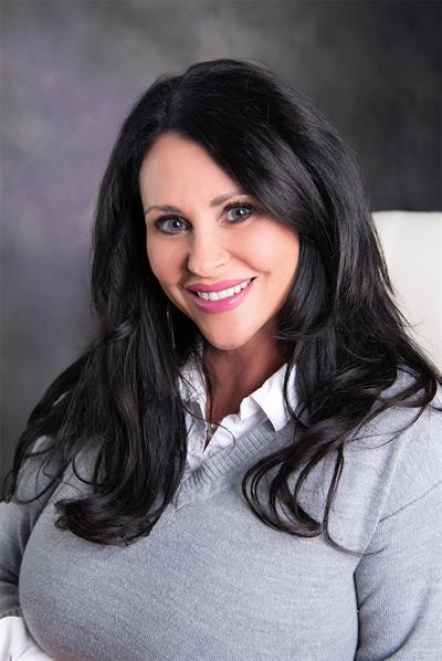 Christina Treadwell