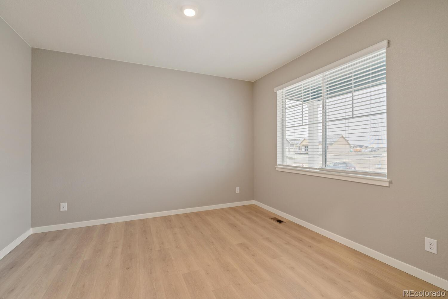 325 66th, Greeley, CO
