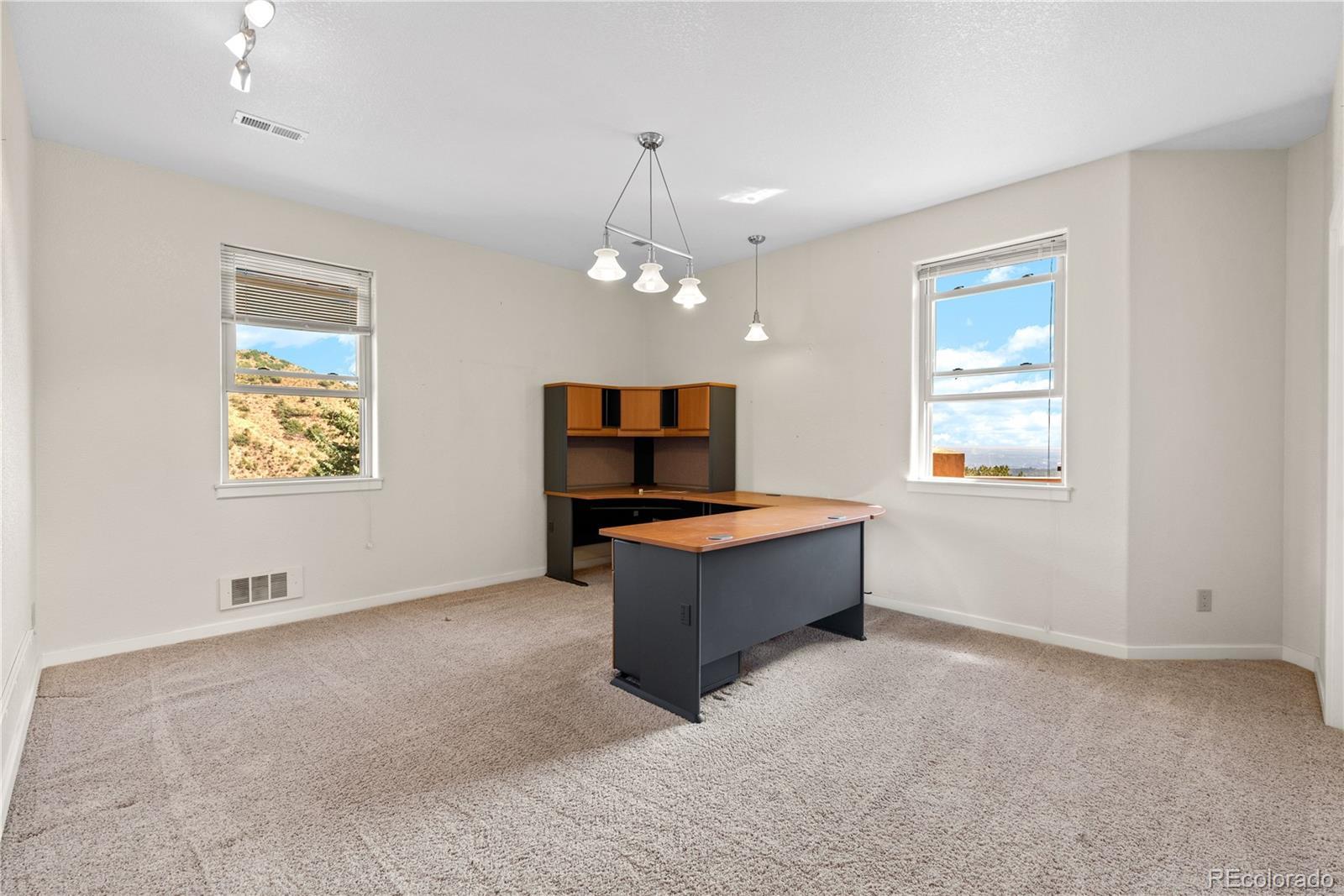 835 Oak Ridge, Manitou Springs, CO
