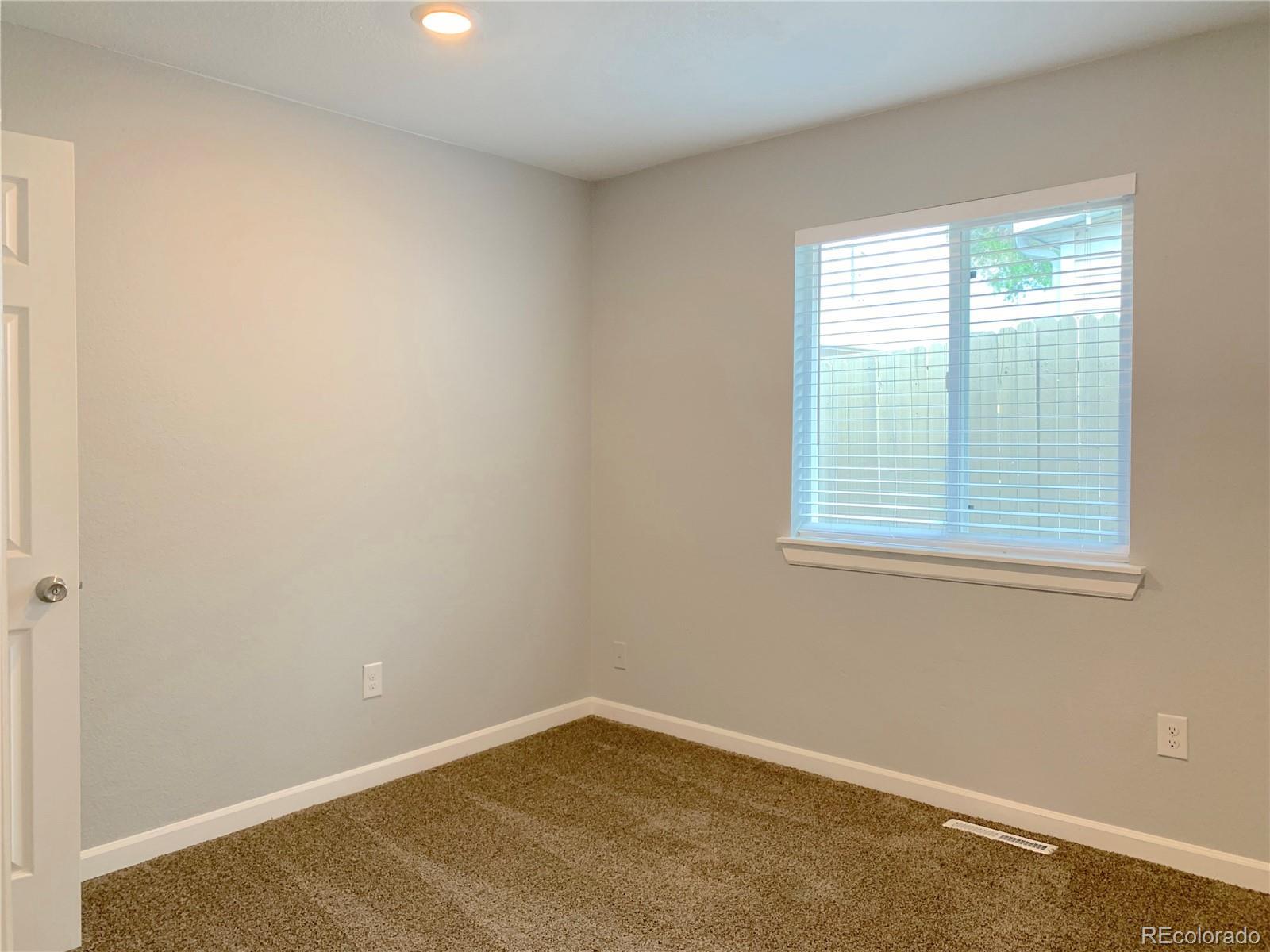 8180 Ivy, Dupont, CO